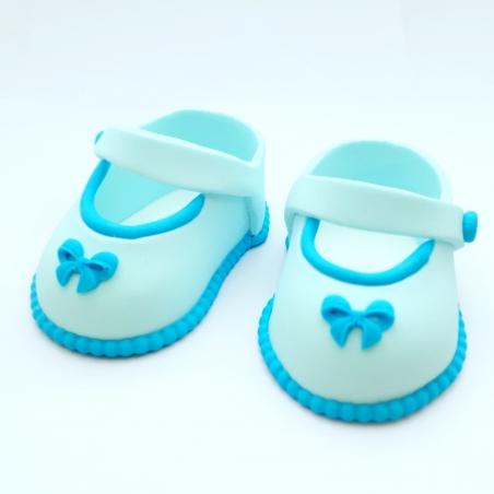 Dekoracja cukrowa buciki niebieskie